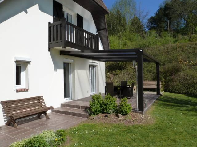 installation d 39 une pergola aluminium sur terrasse existante 76 27 vente pose menuiserie. Black Bedroom Furniture Sets. Home Design Ideas